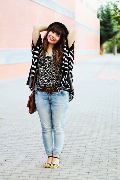 black aztec romwe cardigan - black THboxes hat - dark brown Primark bag