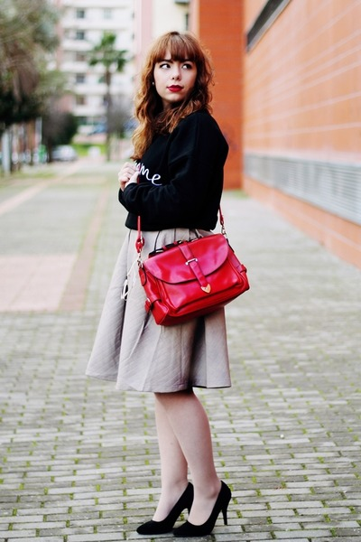silver faux leather Chicwish skirt - red romwe bag - white firmoo sunglasses