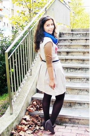 blue Primark scarf - beige Zara skirt - red Lefties t-shirt