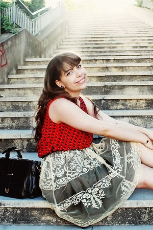 cream lace miss patina skirt - black romwe bag - red heart print romwe top