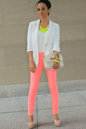 white blazer - hot pink jeans - yellow accessories