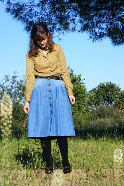 Mango skirt - vintage shirt