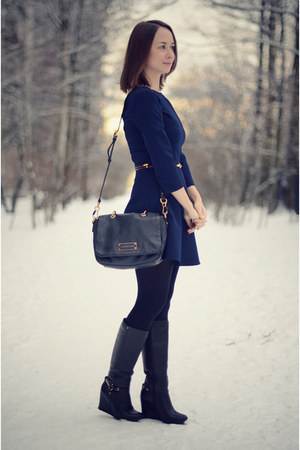 navy Zara dress