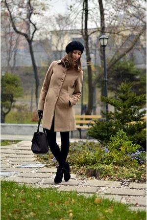 beige Motivi coat - black Mango boots