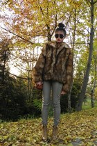 faux fur H&M coat - leopard wedges Jannis Fashion shoes - leather bag H&M bag