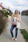 Zara-coat-valentino-bag