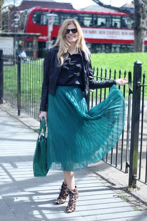 Oasis skirt - Emilio Pucci boots - Francesco Biasia bag