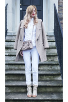 Oasis coat - Mango jeans - Michael Kors bag