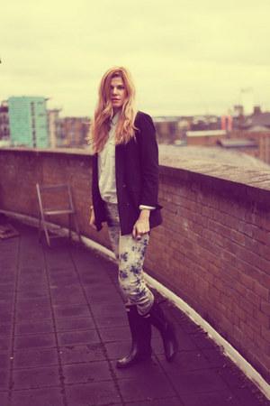 Hunter boots - Levis jeans - Zara blazer - new look shirt