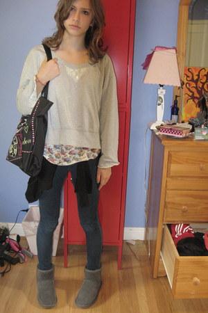 Ugg boots - HUE jeans - Kmart rebecca bon bon purse - Wet Seal top