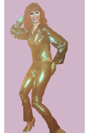 gold bodysuit - gold pants - silver pumps - gold gloves