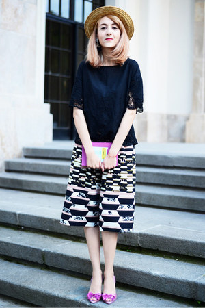 PepaLoves top - melissa x vivienne westwood heels - Topshop pants