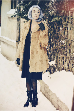 black kurtmann dress - mustard vintage coat
