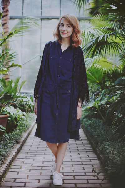 navy H&M dress - blue velvet kimono Liquorish blazer