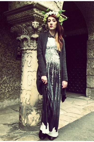 gray sequin print MMM for H&M dress - dark gray M&S cardigan