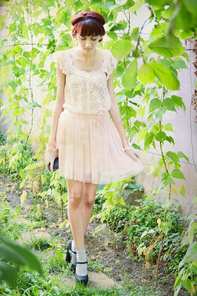 light pink Forever 21 skirt - black polka dots Forever 21 pumps