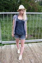 Urban Outfitters shirt - Home made shorts - Globo hat - Keds shoes - H&M blouse