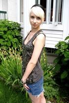 Glow shirt - vintage skirt - RW & CO bracelet