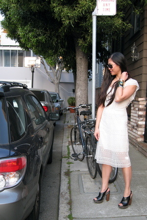 random brand from Loehmans dress - Zara sunglasses - Aldo shoes - assorted from