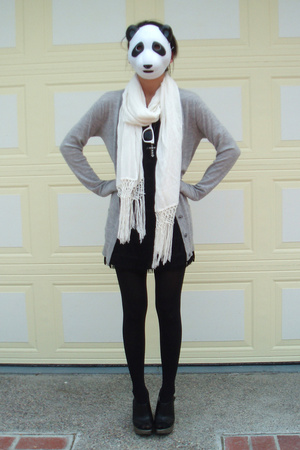 Alexander Wang sweater - H&M scarf - forever 21 dress - Ray Ban sunglasses