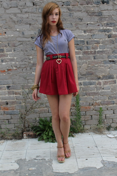 brick red everybodys buying vintage skirt - navy striped tee Ralph Lauren top