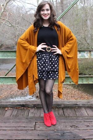 cape - boots - skirt