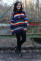 vintage sweater sweater - vintage boots boots - black leggings leggings