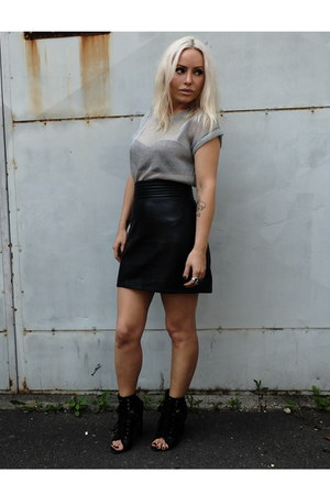 Topshop top - Alexander Wang boots - Max Fowles skirt