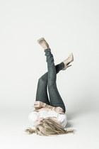 white t shirt DSTLD top - blue light jeans DSTLD jeans - nude pumps Zara heels