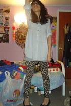 leopard print Miley Cyrus-Max Azria leggings - tank Hanes top - ruffled Cotton E