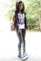 green sunglasses - white t-shirt - black vest - green vanilla sky jeans - black