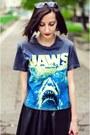 Choies-skirt-jaws-h-m-t-shirt