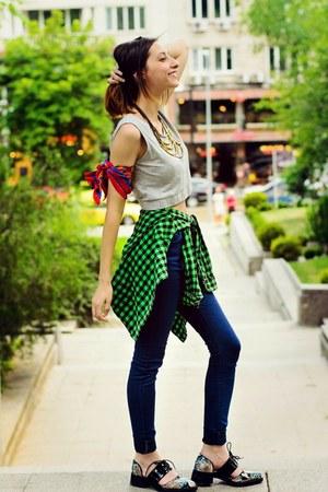 high waist navy second hand jeans - checkered second hand shirt