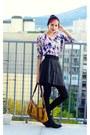 Pompom-ovs-hat-flower-print-h-m-sweater-black-leather-second-hand-skirt