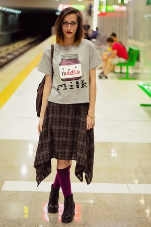 nutella Choies t-shirt - golden skull Choies bracelet - second hand skirt