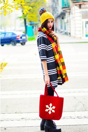 knitted stripe Yoins dress