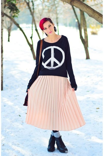 second hand skirt - H&M top