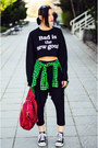 Tartan-second-hand-shirt-draped-capri-nmenouno-pants-cropped-sly-sweatshirt