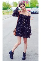 boots - stars printed second hand dress