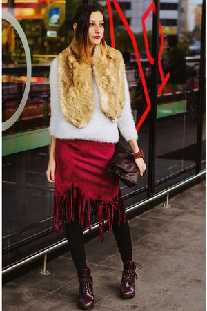 Choies skirt - fluffy second hand sweater - faux fur collar second hand scarf