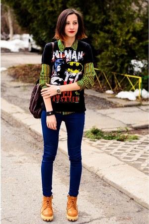 batman second hand t-shirt - Choies boots - second hand shirt