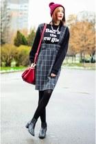 cropped SLY sweatshirt - nowIStyle skirt
