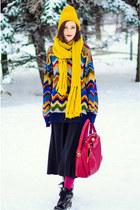 vintage sweater - mustard nowIStyle hat - mustard La Redoute scarf