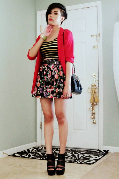 black floral Forever 21 skirt - red linen Lloyd Williams blazer
