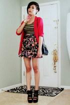 black floral Forever 21 skirt - red linen Lloyd Williams blazer