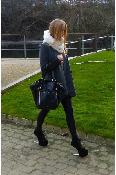 fur collar scarf - downtown tote Yves Saint Laurent bag