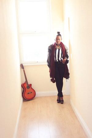 crimson H&M scarf - black Primark top