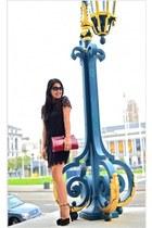 lace Juicy Couture dress - Nanette Lepore bag - Oliver Peoples sunglasses