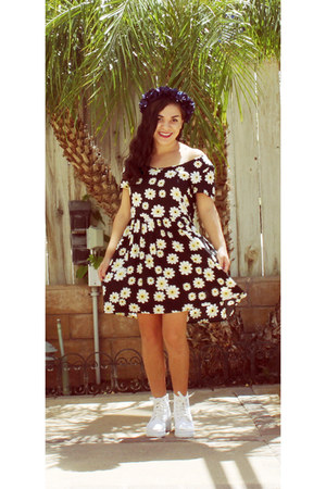 white asos boots - black Ross dress - navy Self Made hair accessory