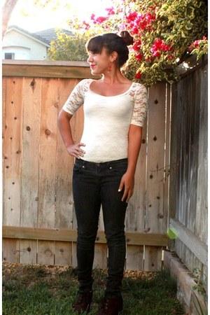 black jeans - white lace Rave bodysuit - cheetah wedges